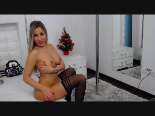 Live cam sex with LannieHotX