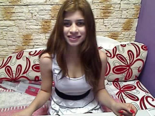 Live web cam bang-out with UrChocolateToy