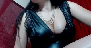 Live web cam hookup with QueenMaya