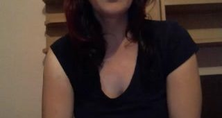 Live cam hook-up with HumileCoquine