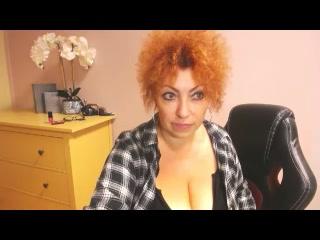 Live cam sex with MeganMatureRed
