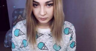 Live webcam fuckfest with KarolinaArt