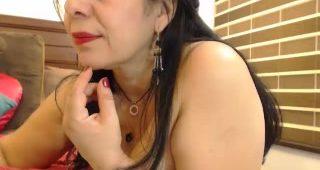 Live web cam hookup with SelenaMilf