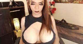 Live web cam sex with BigCockAmanda