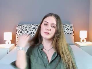 Live cam fuckfest with HonestlyIva