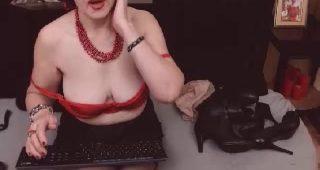 Live webcam fuck-a-thon with FoxySlyde