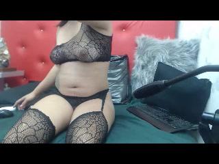 Live webcam lovemaking with Eipril