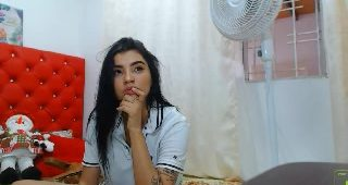 Live webcam fuck-fest with ArianaChaude