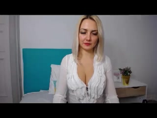 Live web cam intercourse with EliseONE