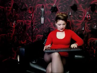 Live web cam bang-out with MistressLoraine
