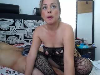 Live cam fuck-a-thon with ShiaraOwen