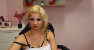 Live webcam fuck-a-thon with blondeElaine