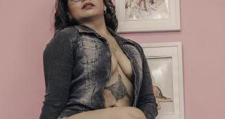 Live cam intercourse with LisaBrookss